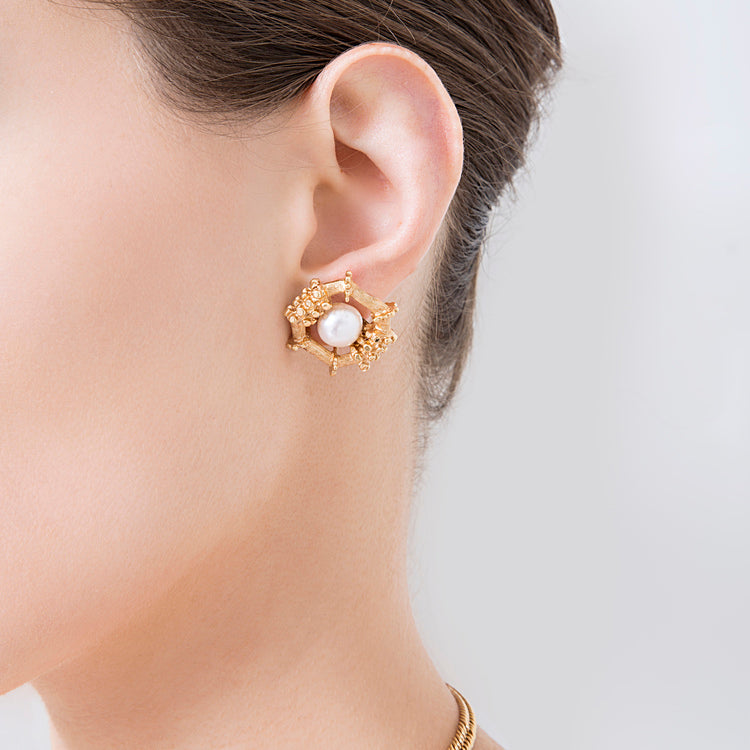 Petrine Earrings Pearl