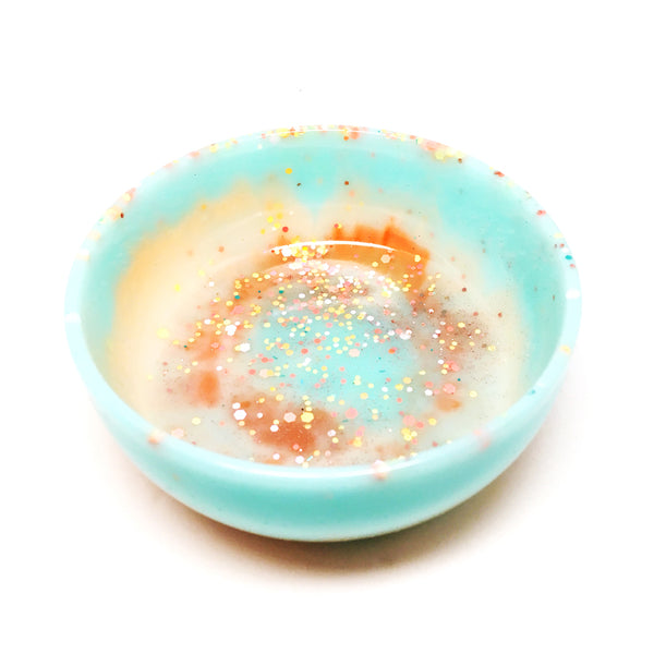 Resin Trinket Bowl · Large · Light Aqua