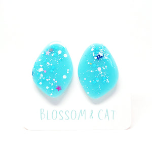 Pom Pom Cat Earring · Blue