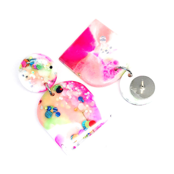 Resin · Lilly Earring · Apricot Multi
