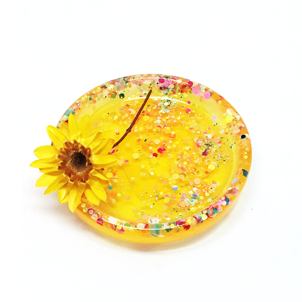 Tiny Ring Dish · Yellow