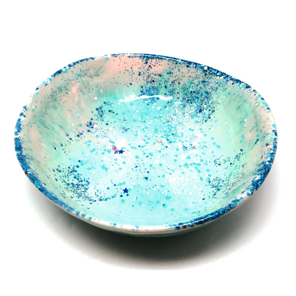 Resin Bowl · Large Organic · Light Aqua