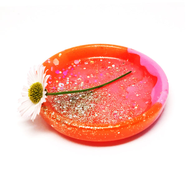Tiny Ring Dish · Pinky Red