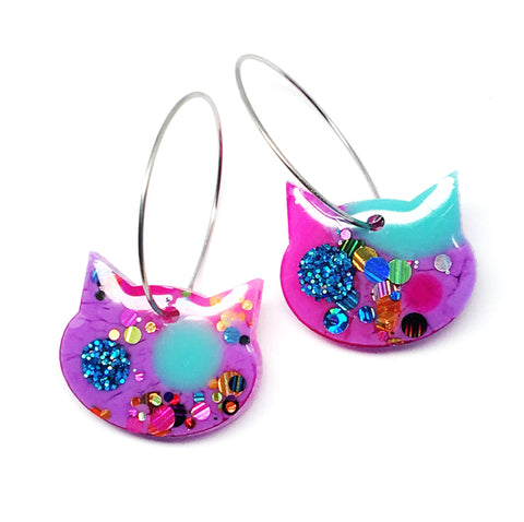 Resin Cat Hoop · Lilac Blue · 29