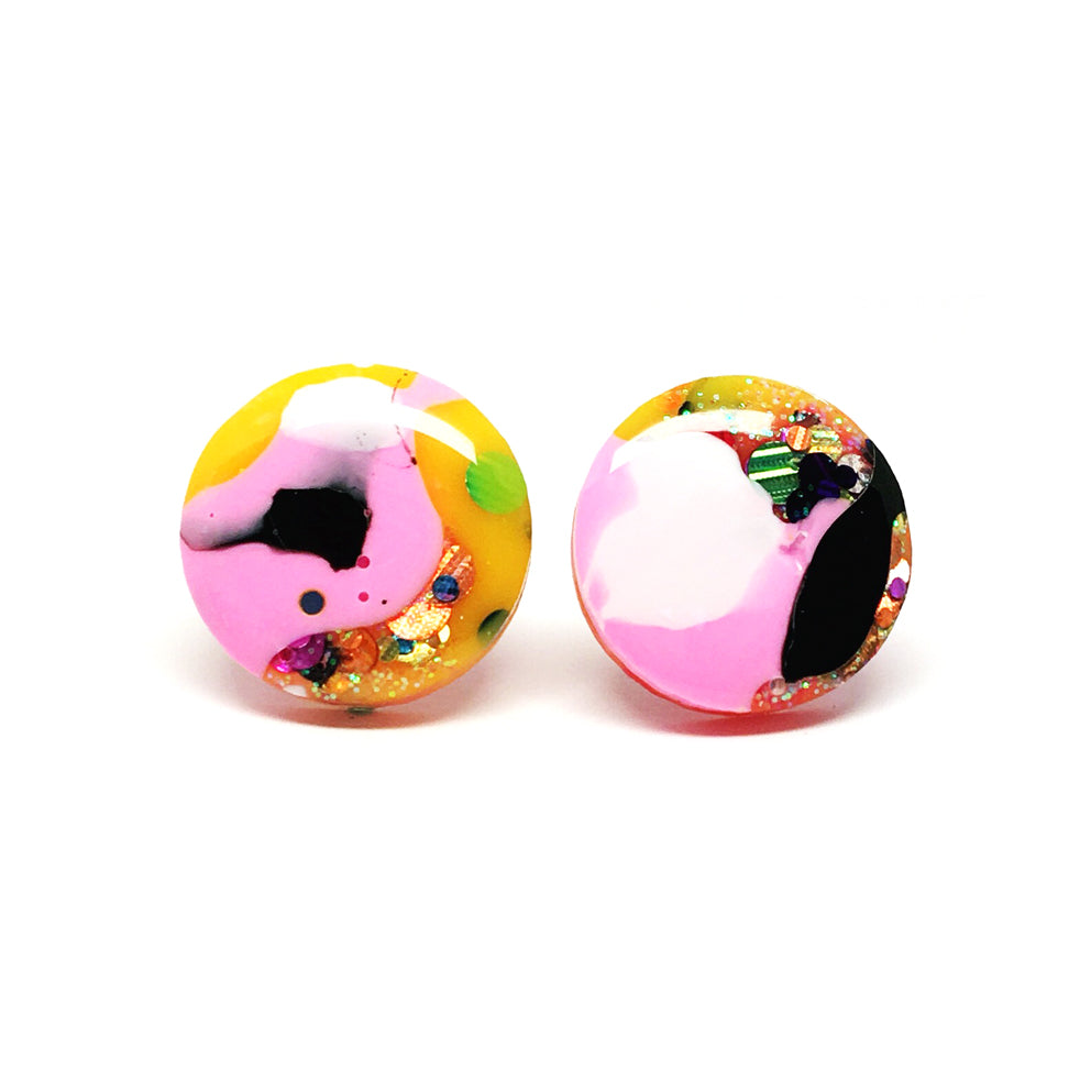 Resin Stud · Medium · 16mm · 16