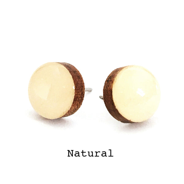 Dot Earrings · Natural