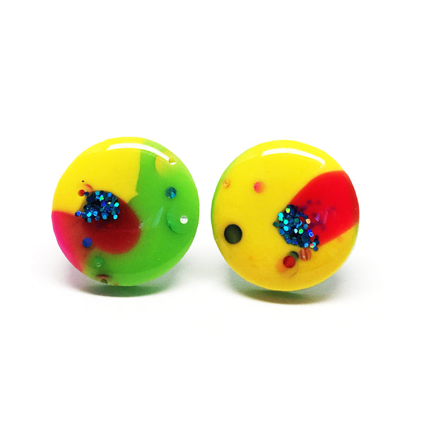 Resin Stud · Medium · 16mm · 37