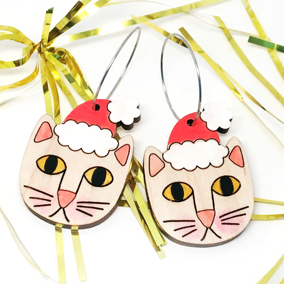 Santa Paws Hoop Earring · Natural