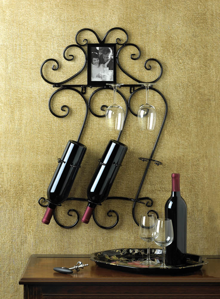 Elegant wine and glass wall rack - FriendsWhoDrink