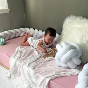 Montessori Bed VS Crib ?