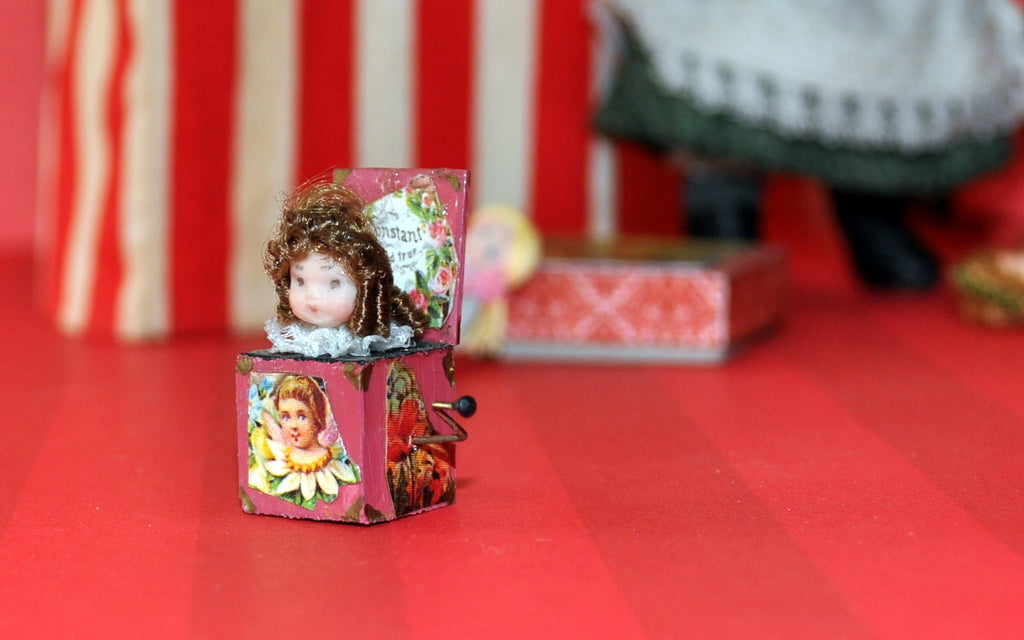ESTATE TREASURE: Non Working Doll-in-the-box