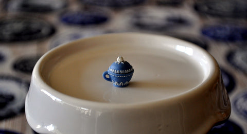 Blue & White Hand Painted Wedgwood Bomboniere by Pam Jones
