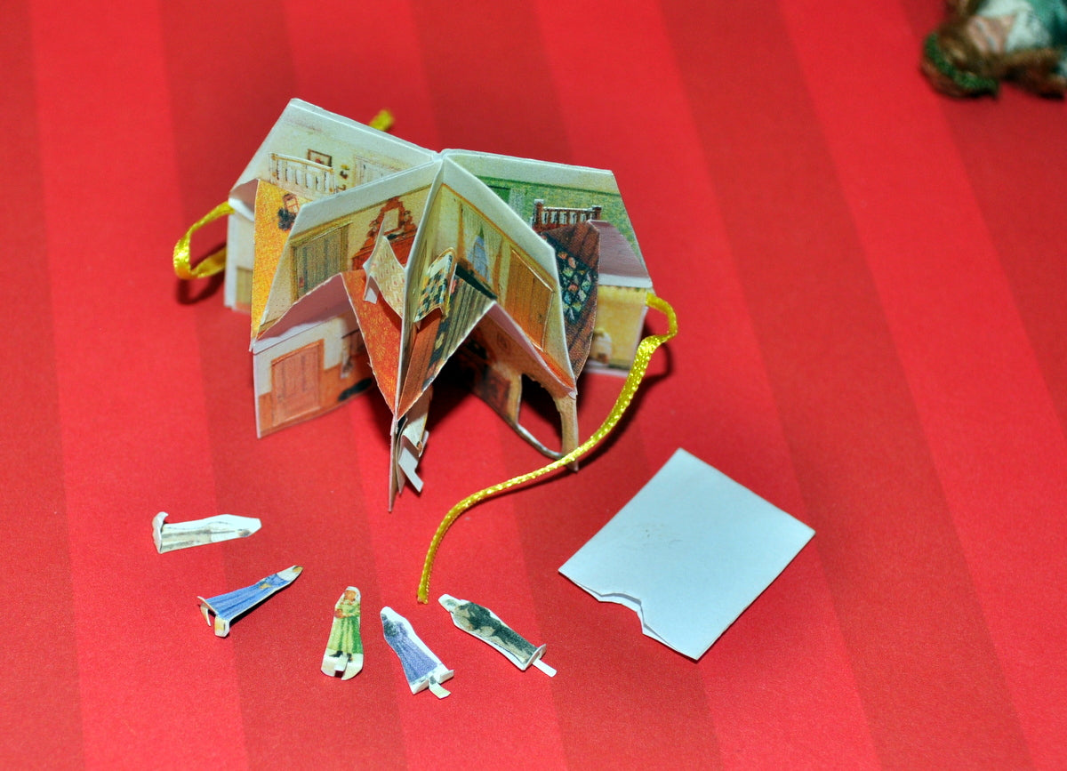 ESTATE TREASURE: Anne of Green Gables Dollhouse Pop-Up Book