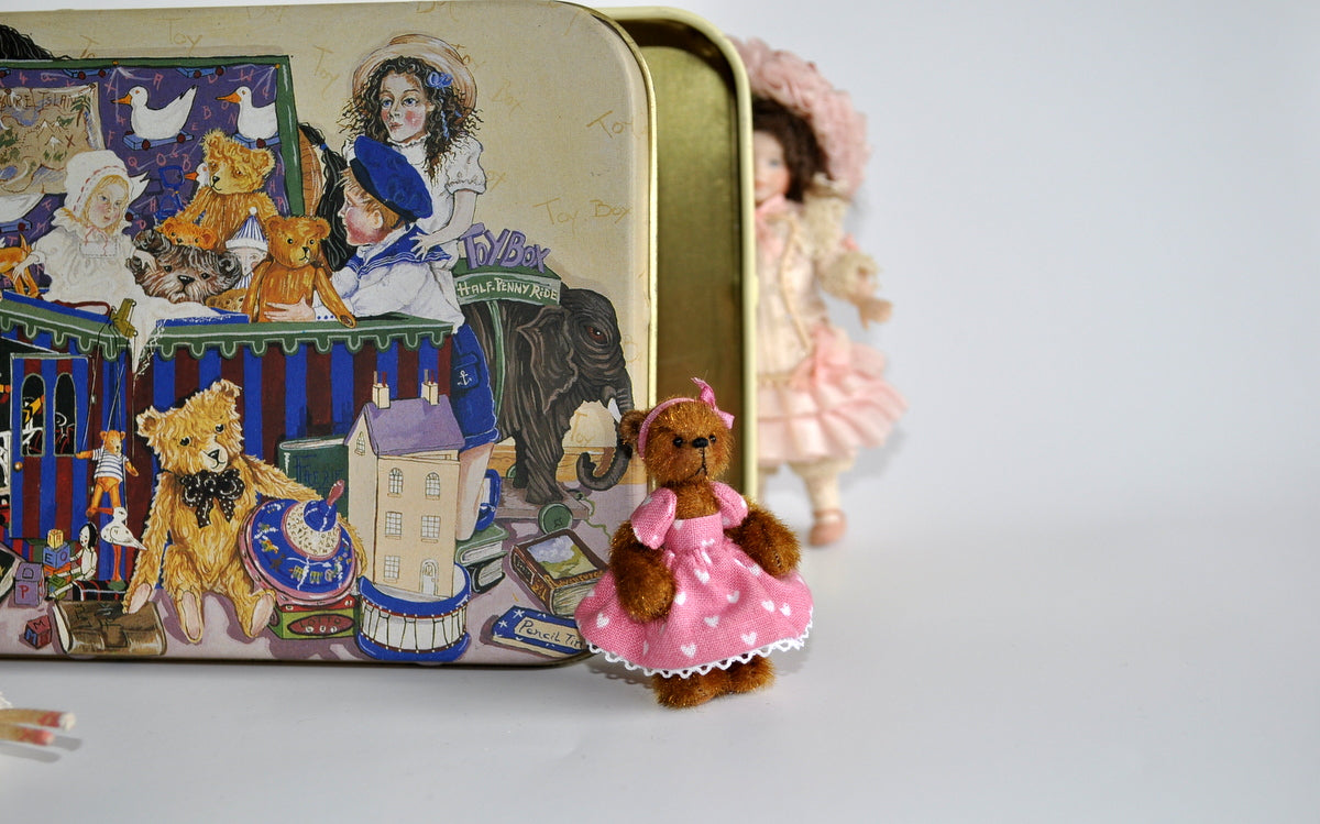 Estate Treasure: Fully Jointed Party Girl Teddy by Anna Braun