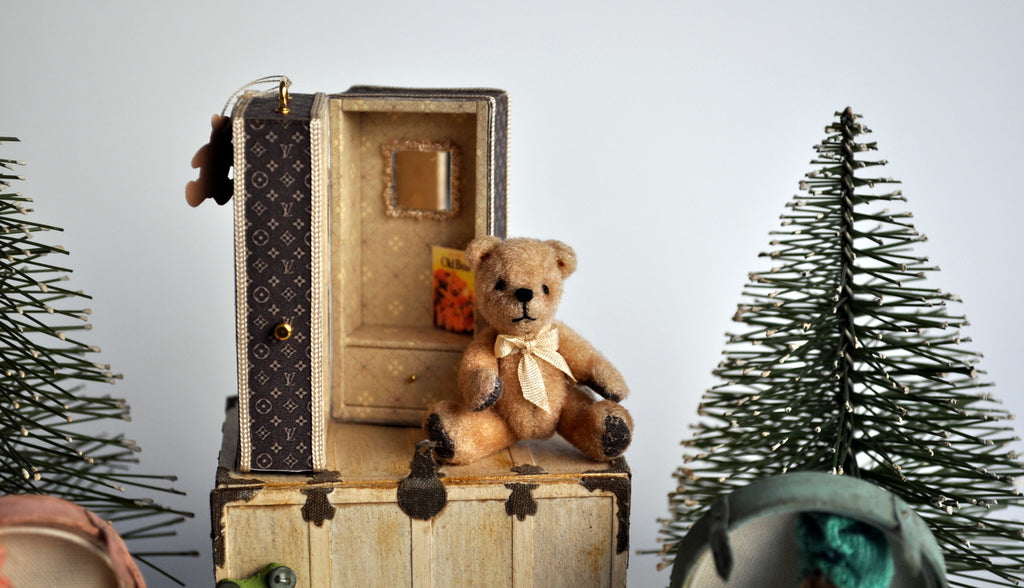 Designer Gift Trunk Teddy by Jean Flowers