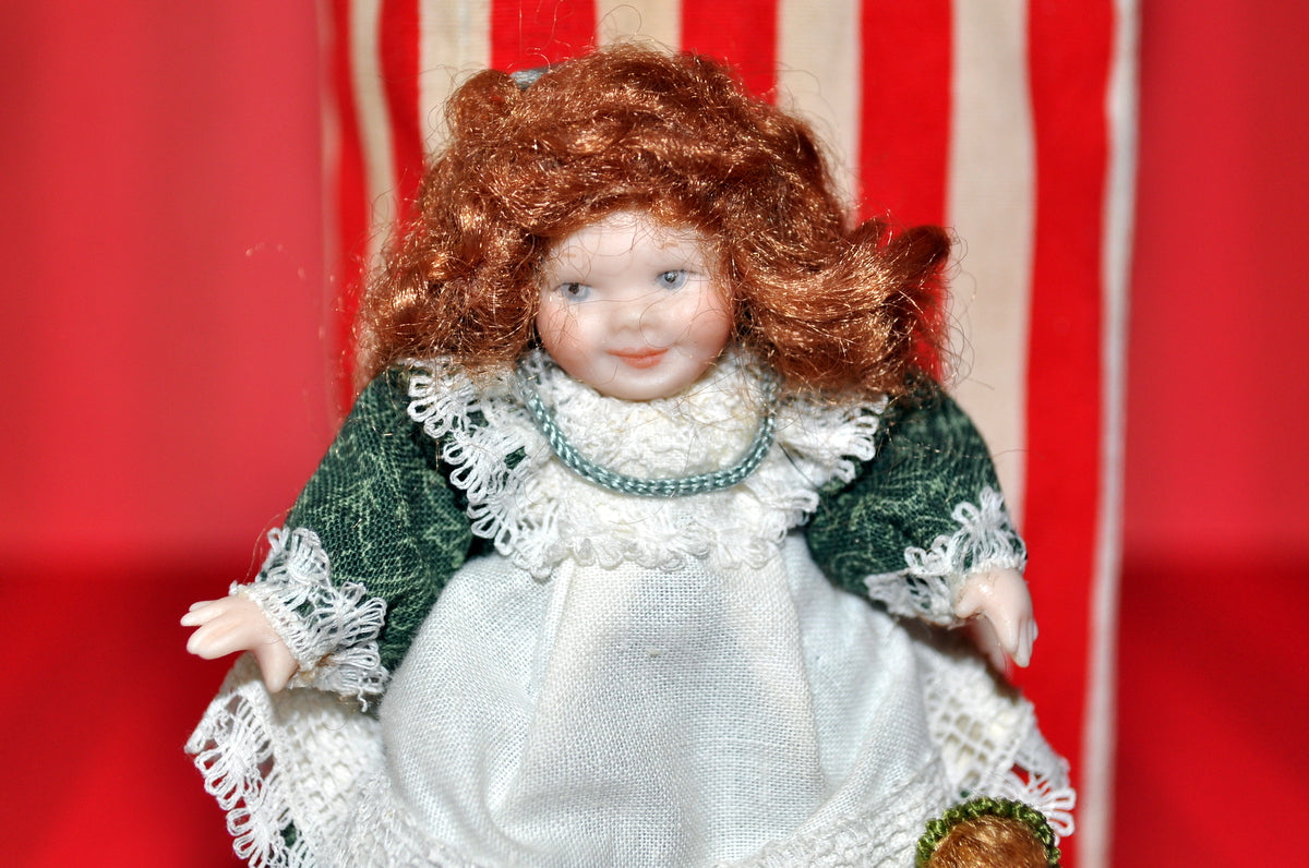 ESTATE TREASURE: Little Girl With Her Matching Doll by Sunday Dolls