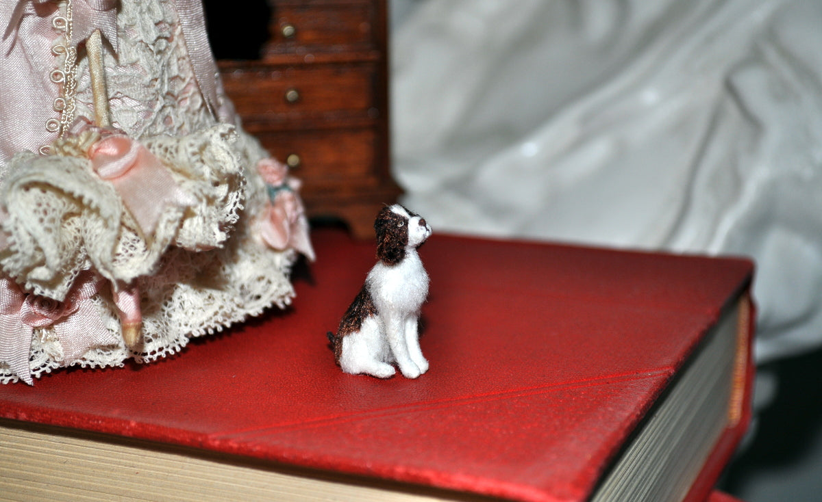 ESTATE TREASURE: Very Finely Made Sitting English Springer Spaniel by Tina