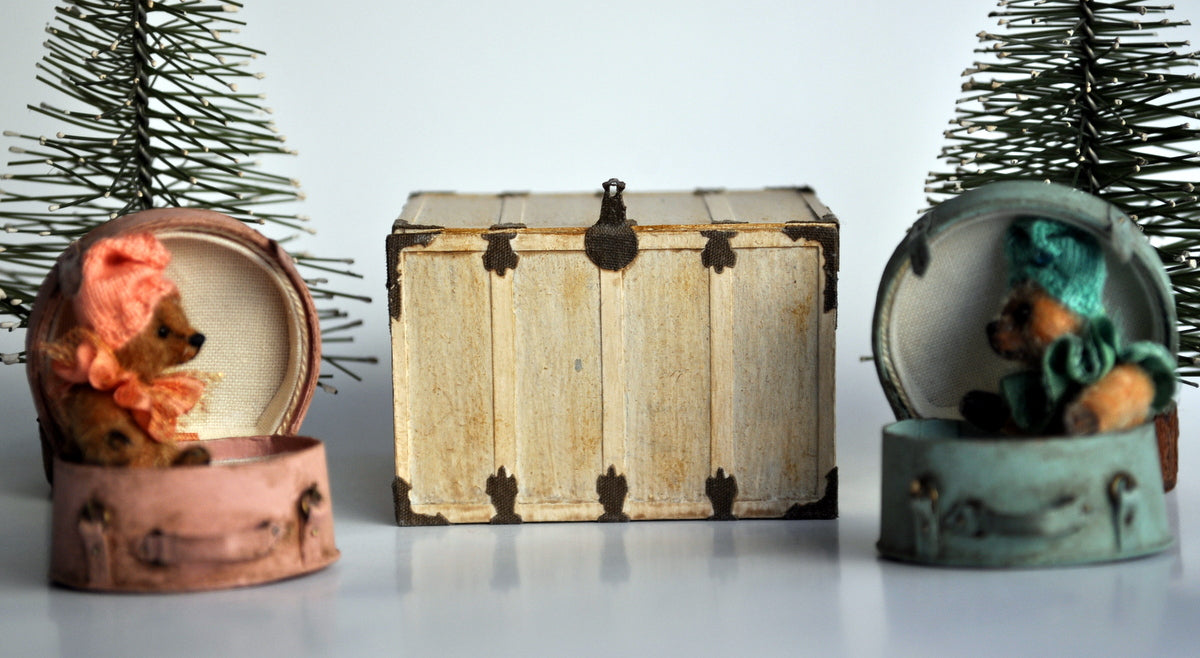Travelling Trunk by Castle Crafts