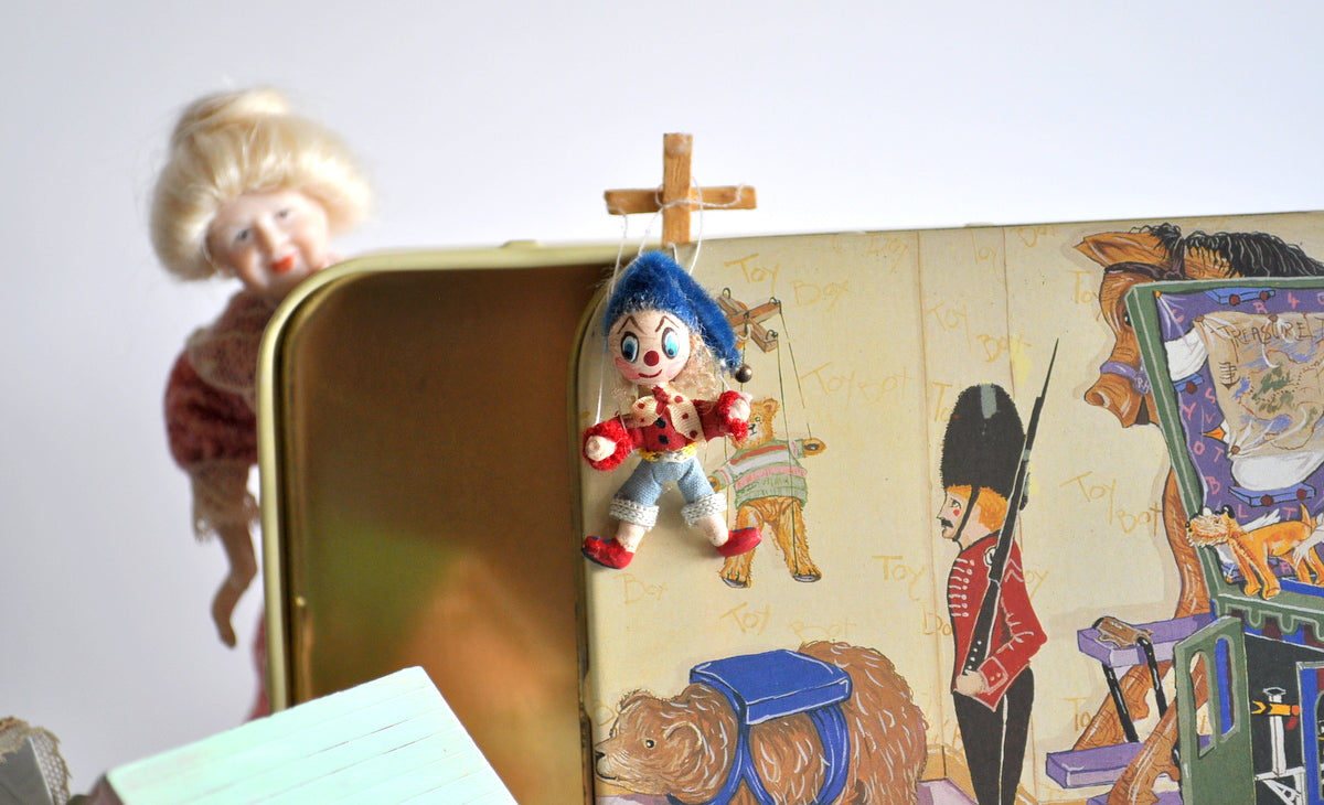 Estate Treasure: Storybook Character Puppet
