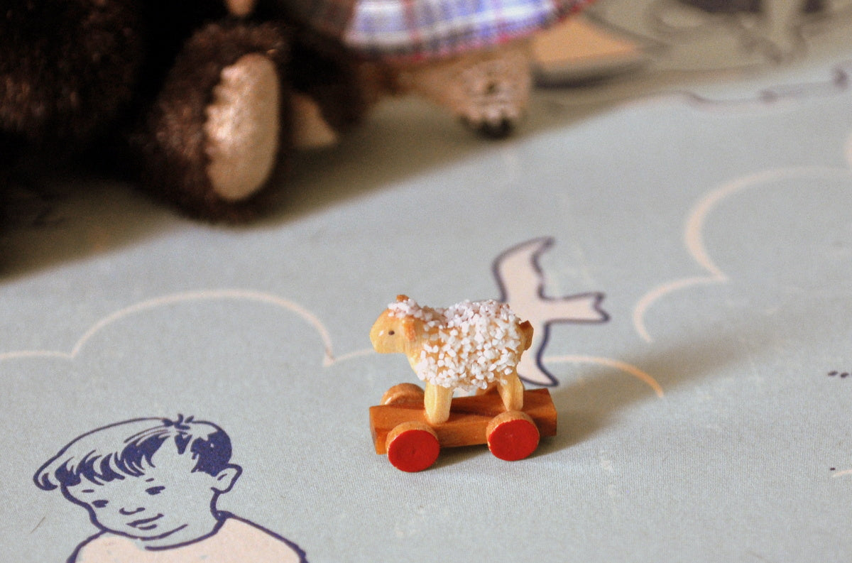 ESTATE TREASURE: Tiny Wooden Sheep