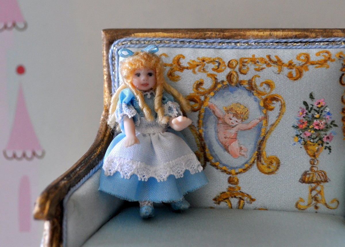 ESTATE TREASURE: Alice Doll's Doll by Dianne Yunnie