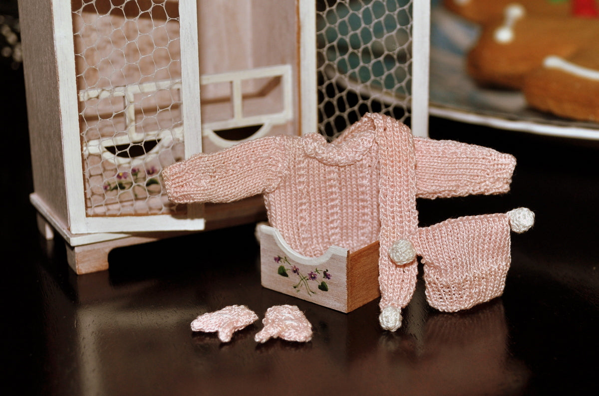 Winter Jumper Set by Jenny Tomkins
