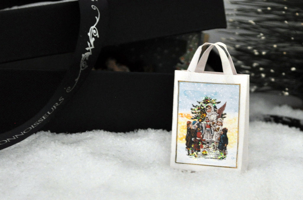 Estate Treasure: German Christmas Shopping Bag With Glitter Detail by Sue Zwahlen