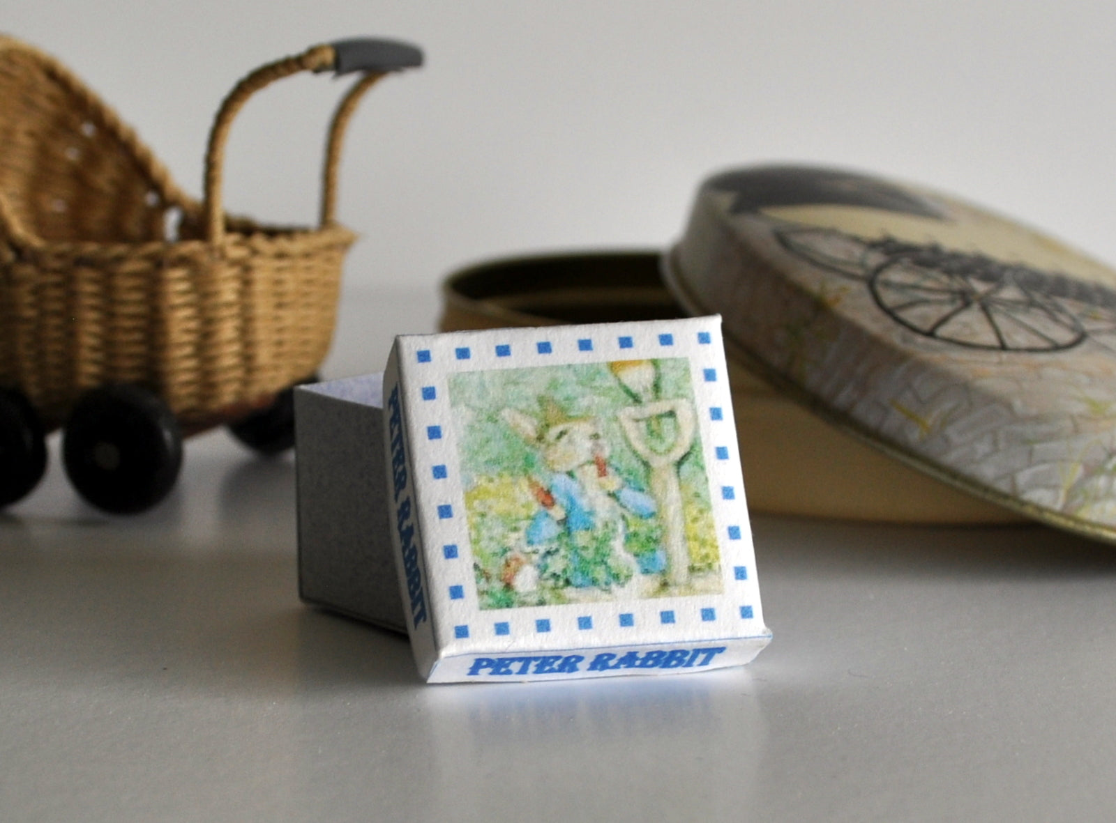 ESTATE TREASURE: Peter Rabbit Gift Box by Lorraine Scuderi