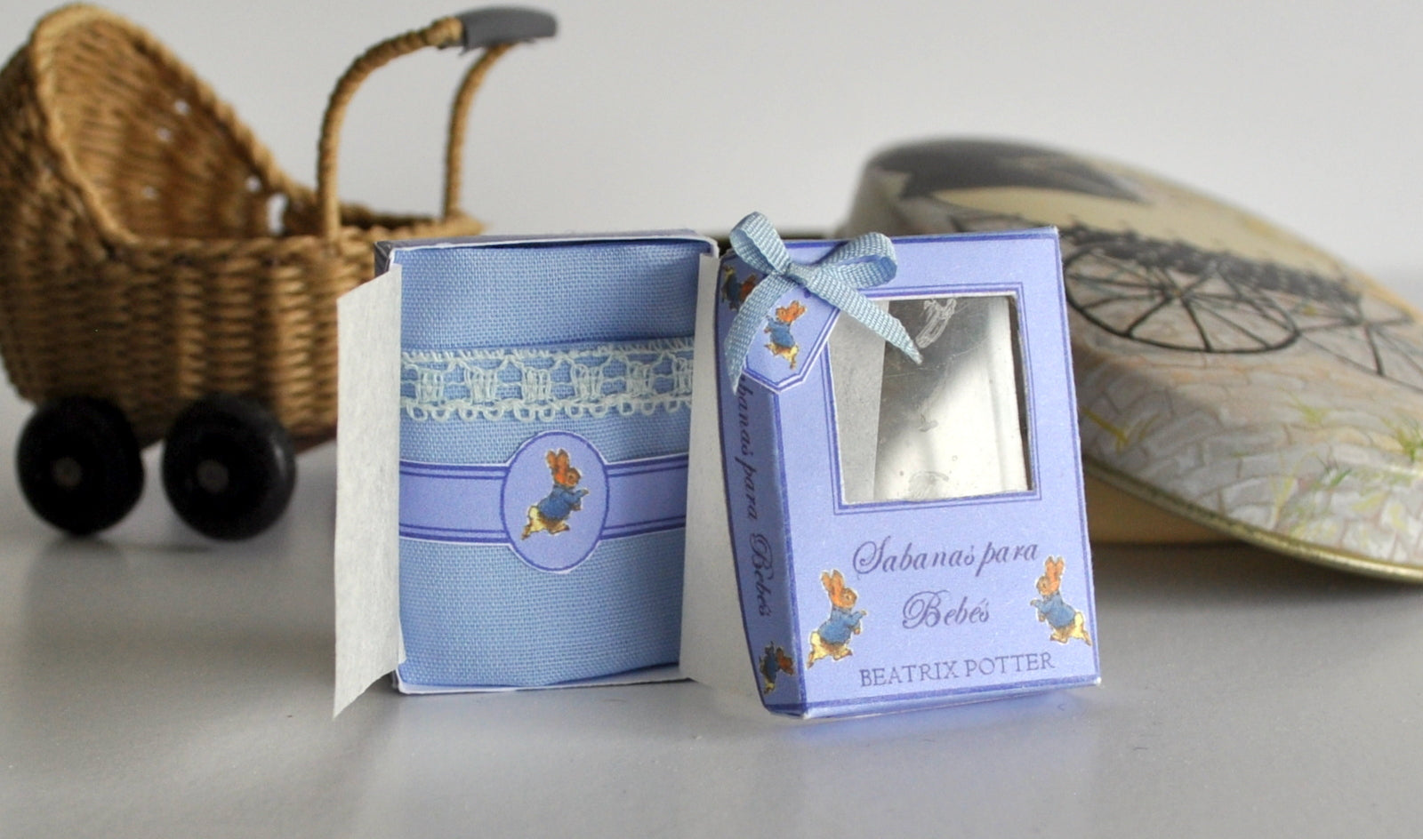 ESTATE TREASURE: Peter Rabbit Blanket Gift Box by Syreetas Miniatures