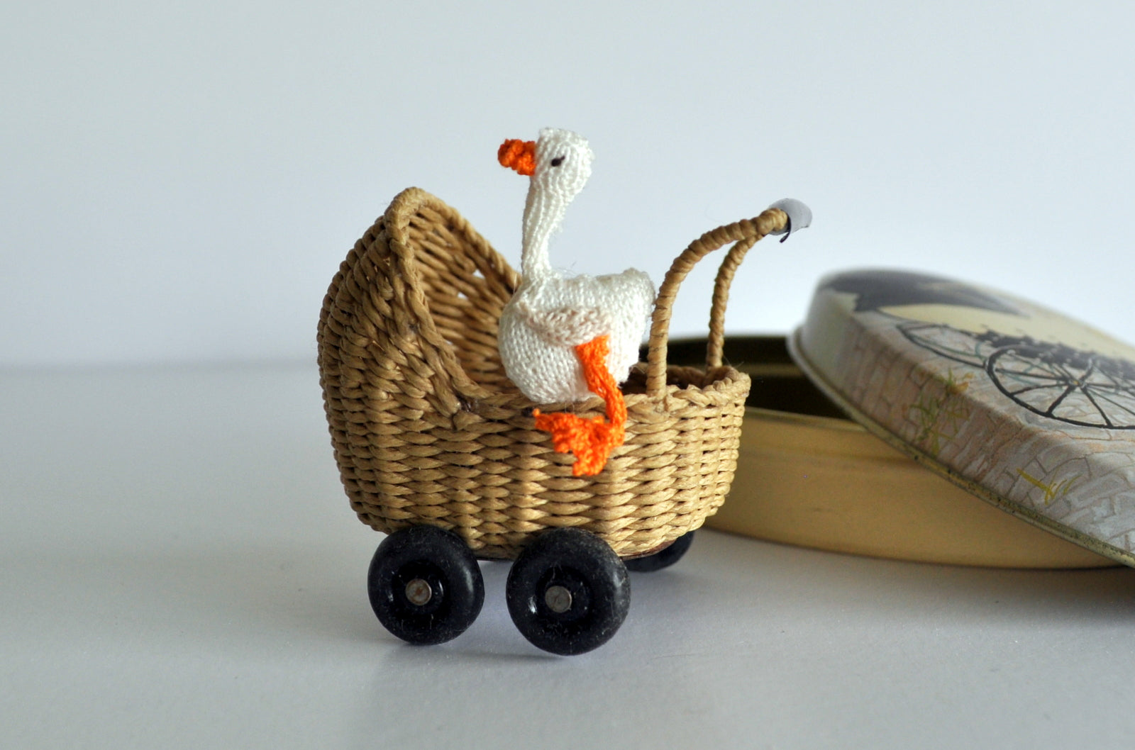 Nursery Duck by Jenny Tomkins