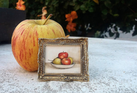 Still Life with Apples by Cindy Lotter