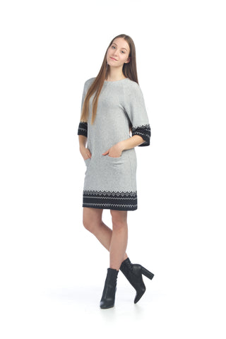 GEO BORDER PRINT KNIT SWEATER DRESS