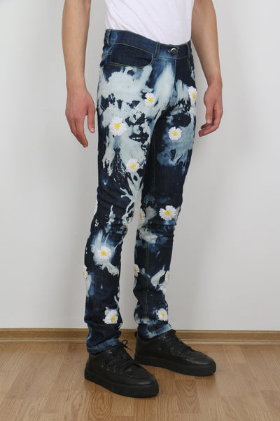 FREEDOM DAISIES TIE DYE JEANS