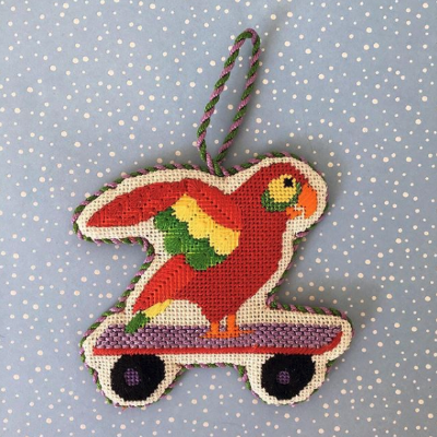BB 1659 - By the Sea - Parrot on a Skateboard