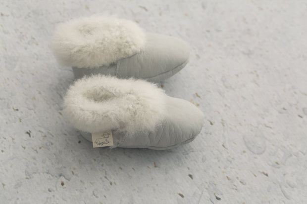 top view of Natures Fleece silken wool grey booties
