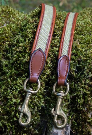 Herringbone & Leather Dog Lead Lime & White