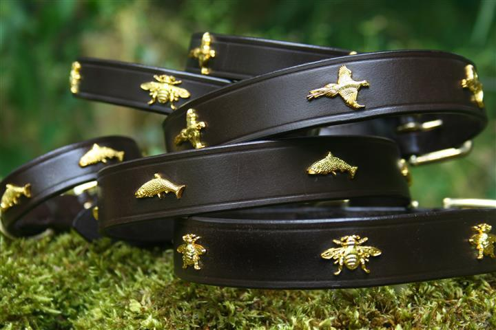 'The Blenheim' Golden Pheasants & Leather Dog Collar