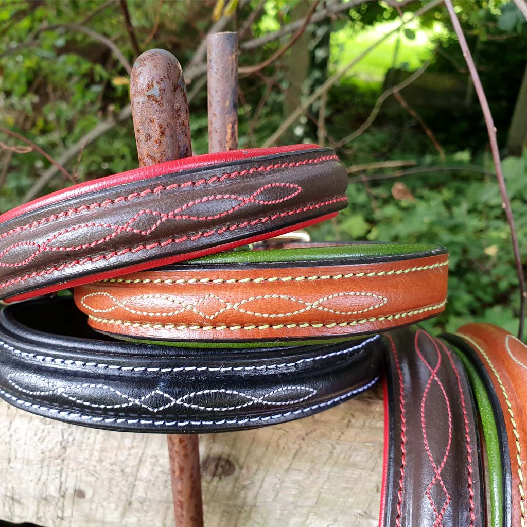 'THE BIBURY' Stitched Leather Padded Dog Collar - Tan and Green