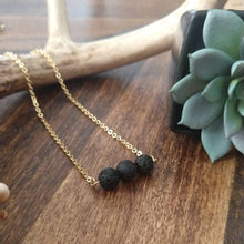 Essential Trio Bar Necklace