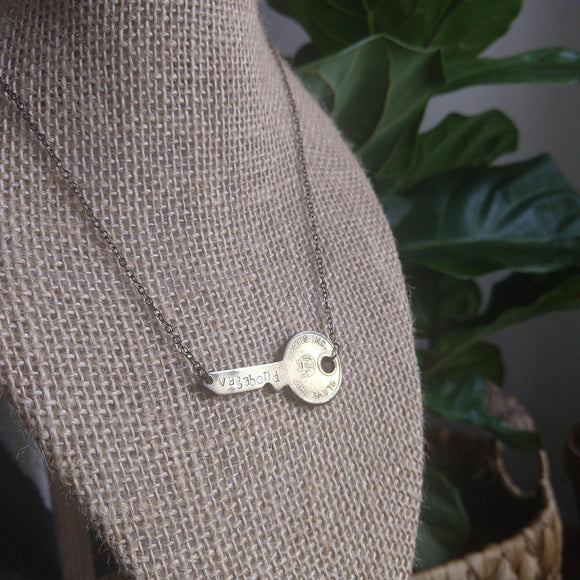 Vintage Key Bar Necklace - vagabond