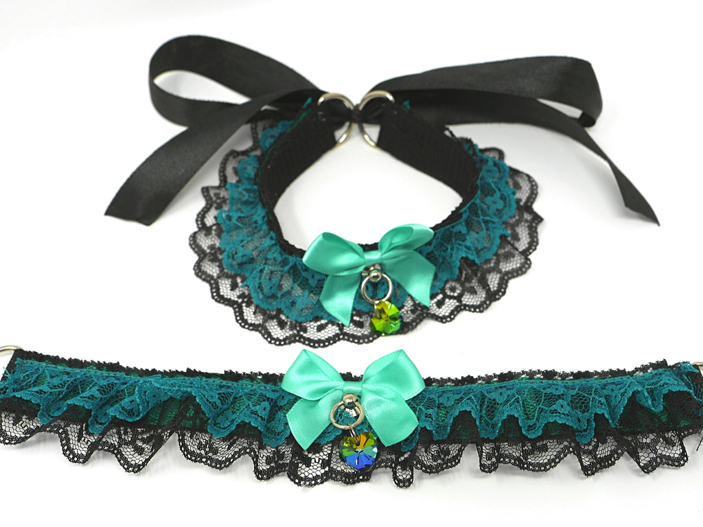 Green & Black Ruffle Collar