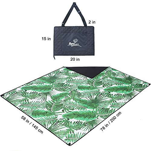 Palm Leaf Beach Blanket With Wind Proof Stakes