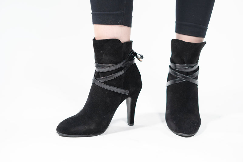 Handmade Cross-tied Lace-up Ankle Boots Black