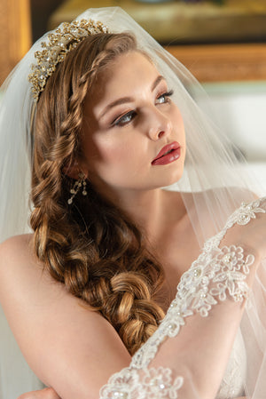 Timeless Wedding Veils Juliette beaded alencon lace juliet style veil detail