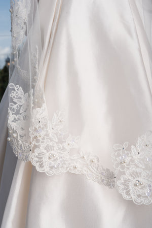 Timeless Wedding Veils ivory fingertip length Gemma veil with alencon lace