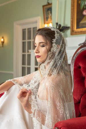Timeless Wedding Veils Natalie ivory alencon and chantilly lace knee length mantilla