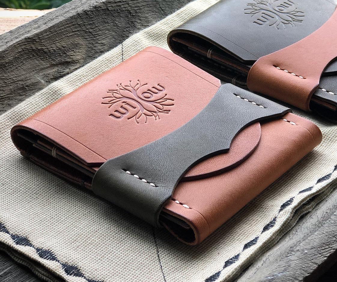 Luxe Minimalist Wallet - Quick Access - Buck Brown & Olive