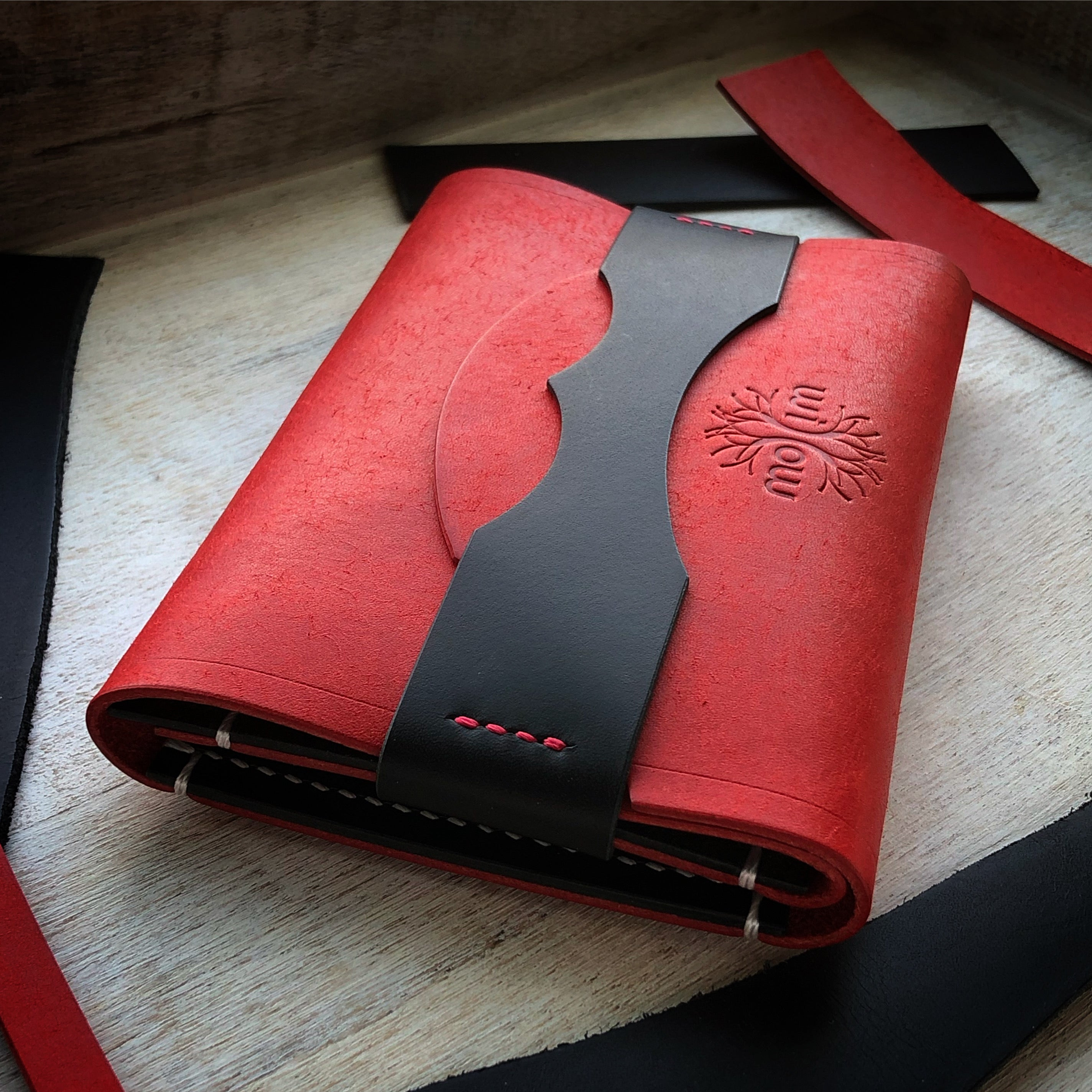 The Drifter Field Notes Cover - Red and Black