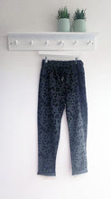 Load image into Gallery viewer, Athena Leopard Magic Trousers