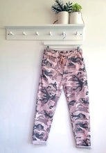 Load image into Gallery viewer, Alina Camouflage Joggers